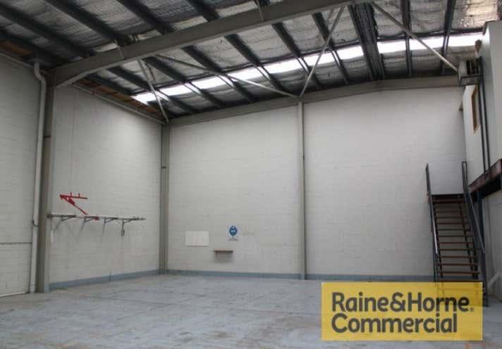 1/12 Booran Drive Woodridge QLD 4114 - Image 2