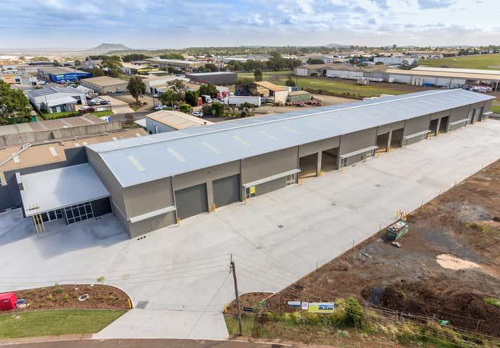 17-19 Mansell Street - T1-2 Wilsonton QLD 4350 - Image 11