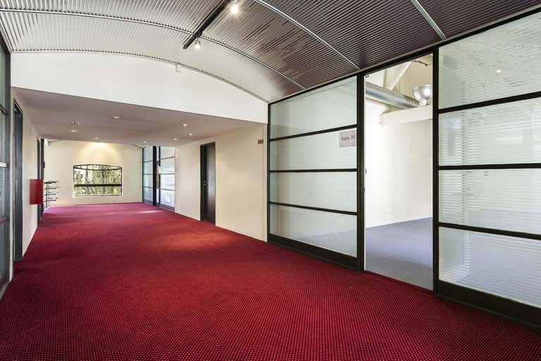 Suite 10, 11 Beach Street Port Melbourne VIC 3207 - Image 2