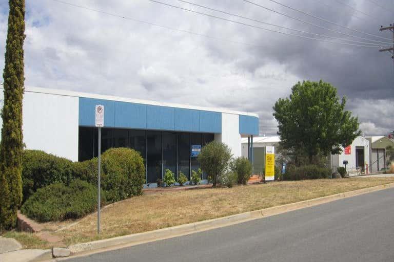 32 Bayldon Road Queanbeyan NSW 2620 - Image 2