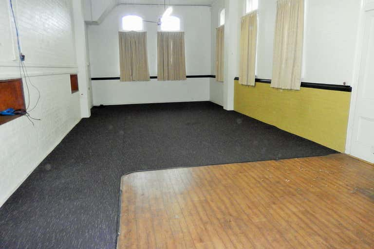 86 East Street Ipswich QLD 4305 - Image 2