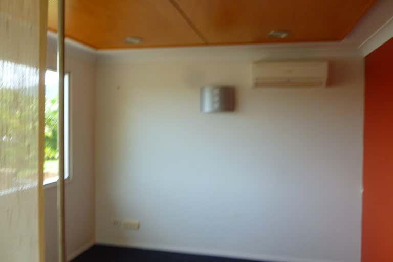 60 Anderson Street Manunda QLD 4870 - Image 4