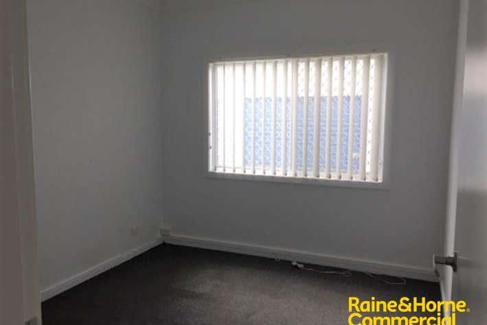 (L) Office, 6A Acacia Avenue Port Macquarie NSW 2444 - Image 4