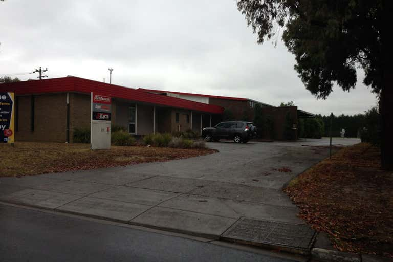 89 LEWIS ROAD Wantirna South VIC 3152 - Image 2