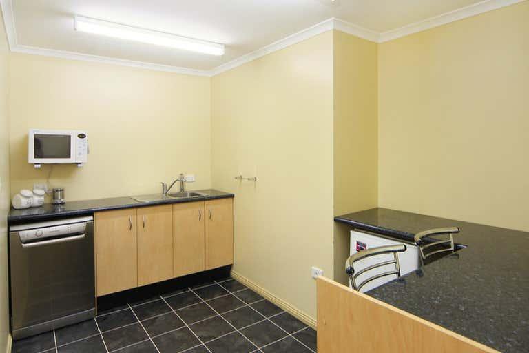 6 Brickfield Avenue Armidale NSW 2350 - Image 4