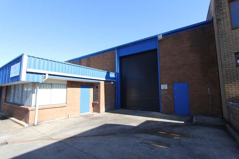 2/49 Garema Circuit Kingsgrove NSW 2208 - Image 4