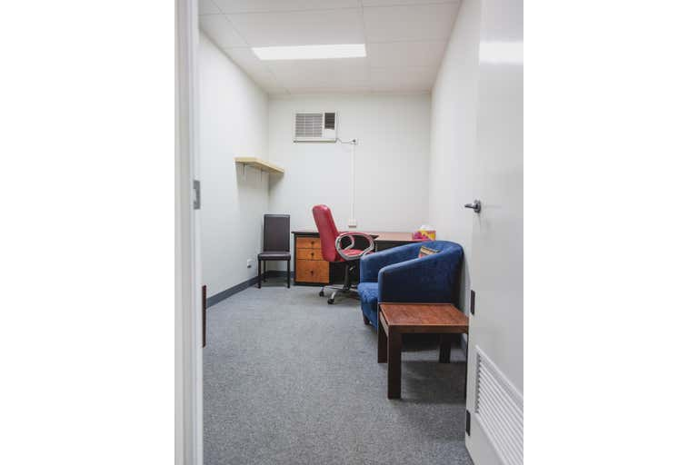11/22 Parry Avenue Bateman WA 6150 - Image 4