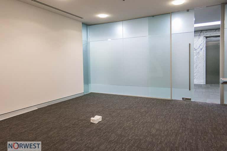 Suite 2 , 4 Columbia Court Baulkham Hills NSW 2153 - Image 2