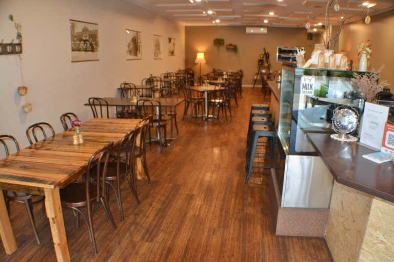 Saltbush Cafe  Restaurant, 148 Commercial Road Morwell VIC 3840 - Image 3