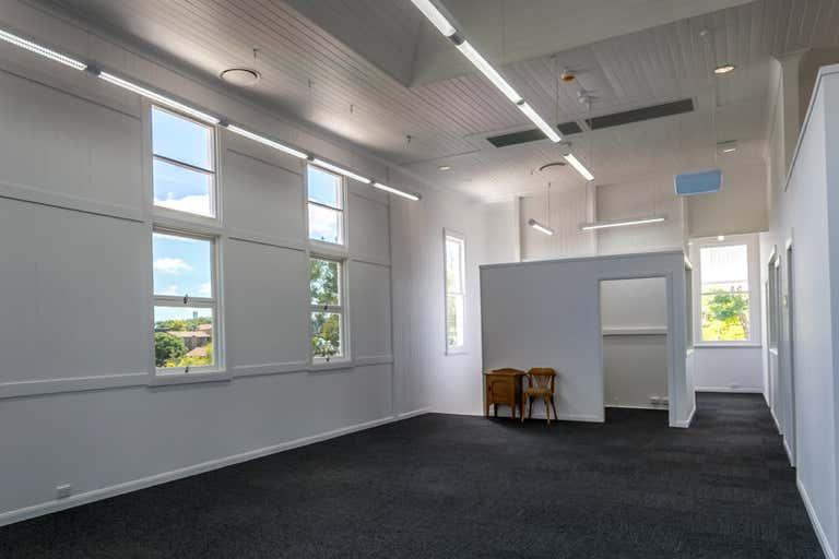 4 Frederick Street Taringa QLD 4068 - Image 3