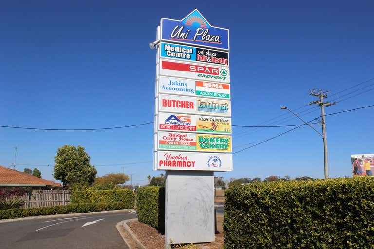 4a/462 West Street Kearneys Spring QLD 4350 - Image 3