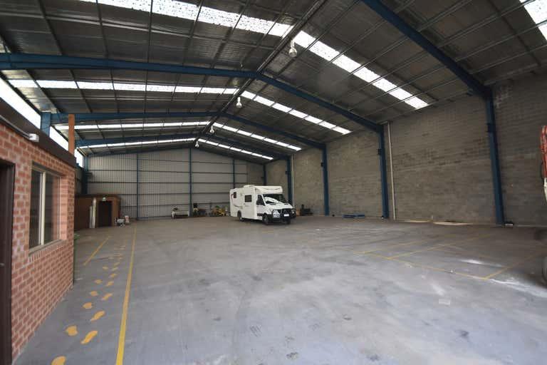 858 Ramsden Drive Albury NSW 2640 - Image 3