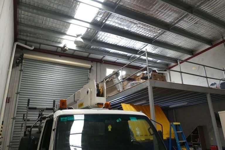12/15 Corporate place Hillcrest QLD 4118 - Image 3