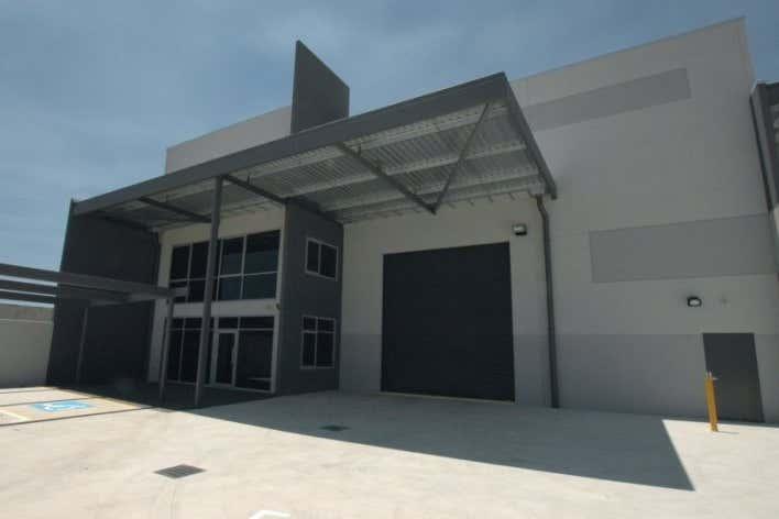 58 Tacoma Circuit Canning Vale WA 6155 - Image 2