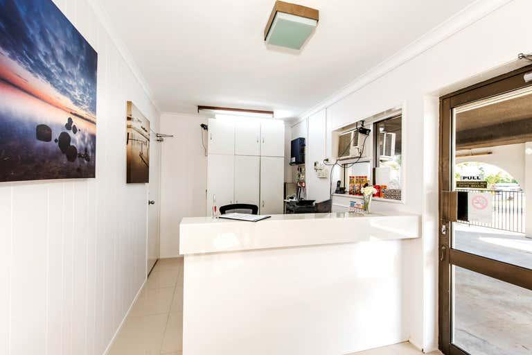 Casa Nostra Motel, 30 Nebo Road West Mackay QLD 4740 - Image 2