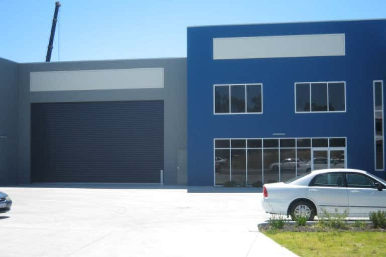 34 Tacoma Circuit Canning Vale WA 6155 - Image 2