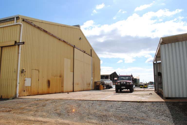 T3, 19 Carrington Road Torrington QLD 4350 - Image 2