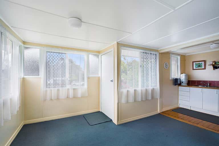 205 West Street Harristown QLD 4350 - Image 2