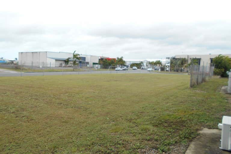 2-4 Longwall Place Paget QLD 4740 - Image 3