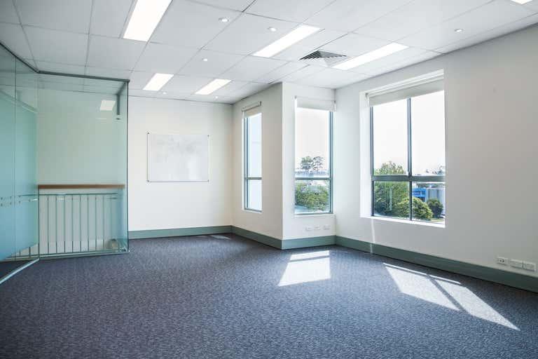 2/3 Packard Avenue Castle Hill NSW 2154 - Image 2