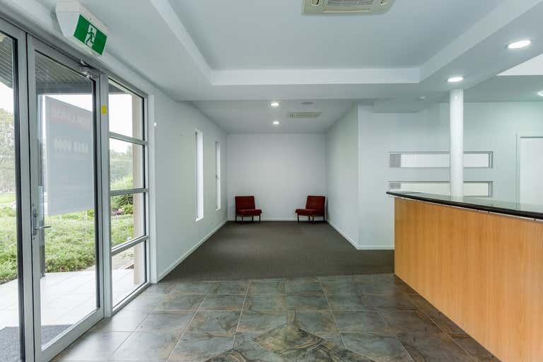 11 Yalandra Court Albury NSW 2640 - Image 2