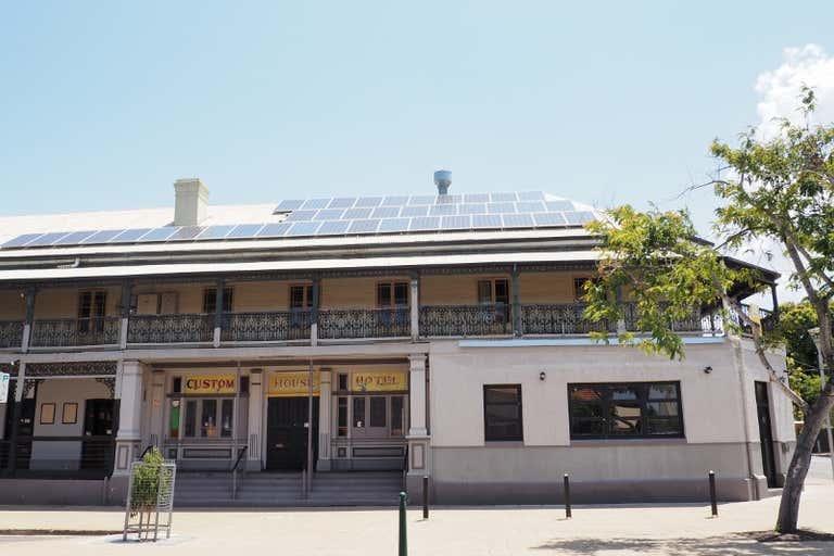 Custom House Hotel, 116 Wharf Street Maryborough QLD 4650 - Image 2