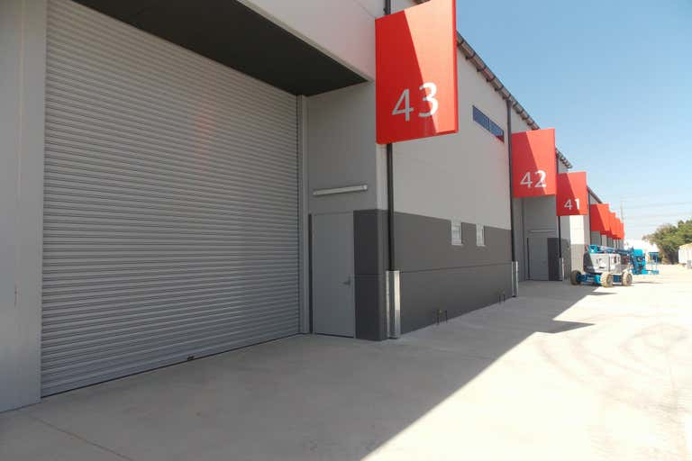 Unit 43, 191-195 McCredie Road Smithfield NSW 2164 - Image 4