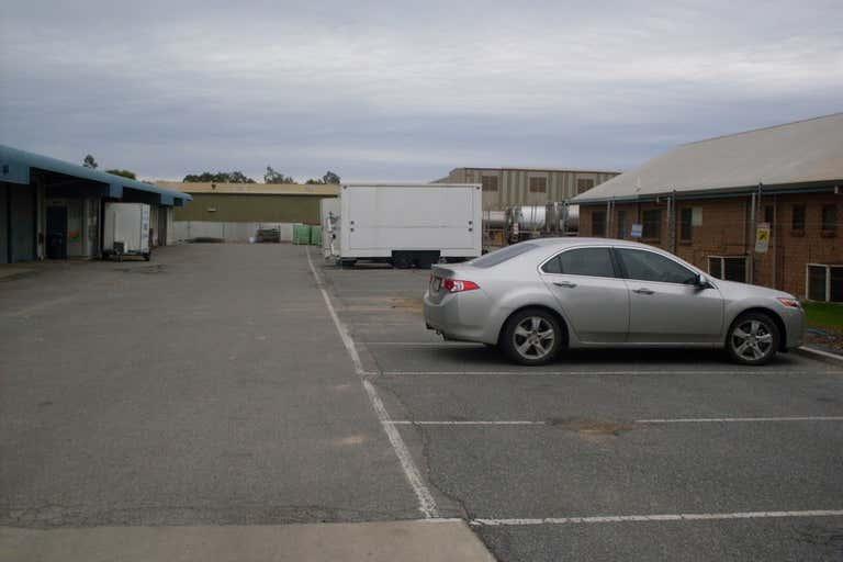 7/17 Bowyer Road Wingfield SA 5013 - Image 3