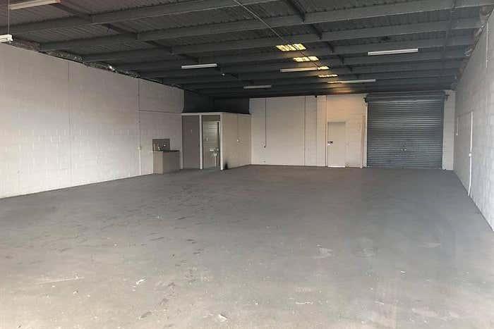 Unit 4, 7 Taree Street Burleigh Heads QLD 4220 - Image 3