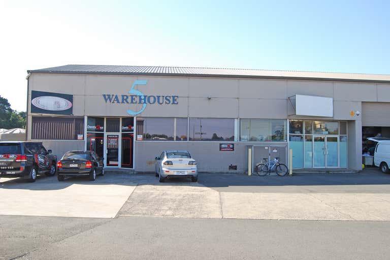 5/209 Gillies Street North Wendouree VIC 3355 - Image 2
