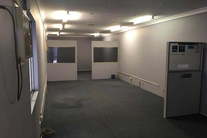 Unit 26, 27-31 Wentworth St Greenacre NSW 2190 - Image 4