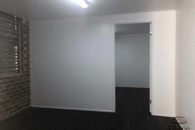 4/6 Pendrey Court Woodridge QLD 4114 - Image 3