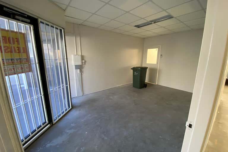 Unit 3, 8 Denninup Way Malaga WA 6090 - Image 4