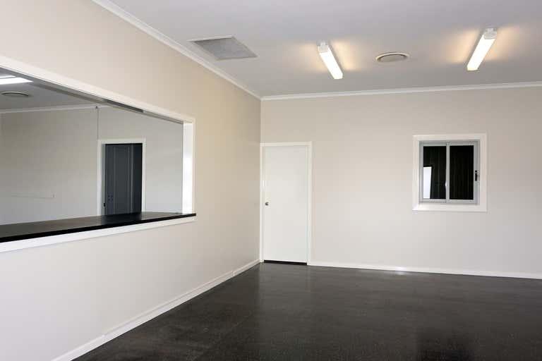 4 Rosedale Close Singleton NSW 2330 - Image 4