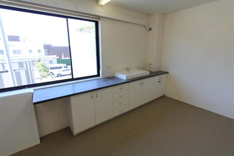 Suite 4, 191 Ramsgate Road Ramsgate Beach NSW 2217 - Image 4