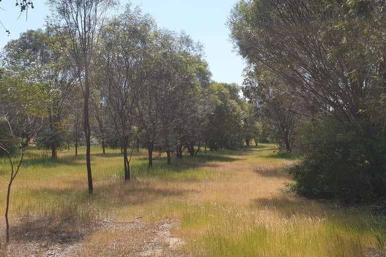 38 Avoca Road Morbinning WA 6304 - Image 2