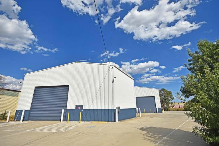 998 Nowra Street North Albury NSW 2640 - Image 1