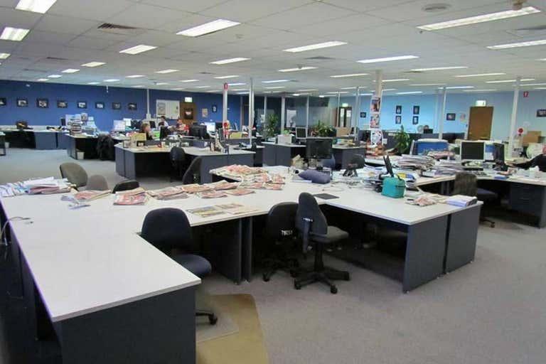14 Bowen Crescent West Gosford NSW 2250 - Image 2