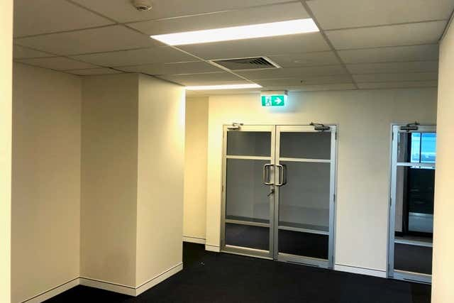 Suite 30505 - 30506 / 9 Lawson Street Southport QLD 4215 - Image 2