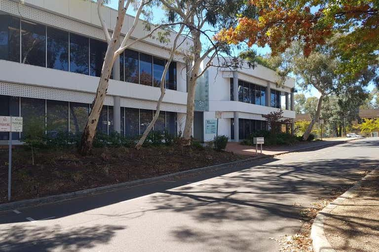 31 Thesiger Court Deakin ACT 2600 - Image 2