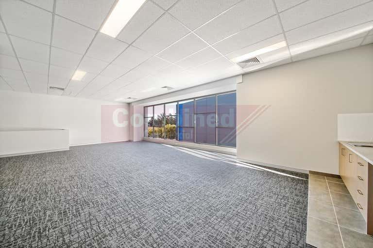 2/22 Sedgwick Street Smeaton Grange NSW 2567 - Image 3