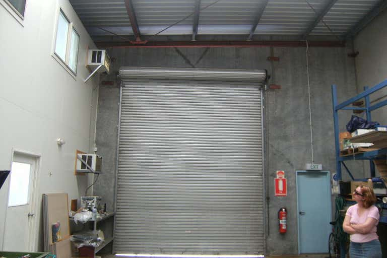Southgate Business Park, Unit 15, 493  South Street Harristown QLD 4350 - Image 4