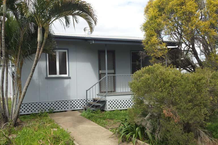 41 Macquarie Street Rockhampton City QLD 4700 - Image 2
