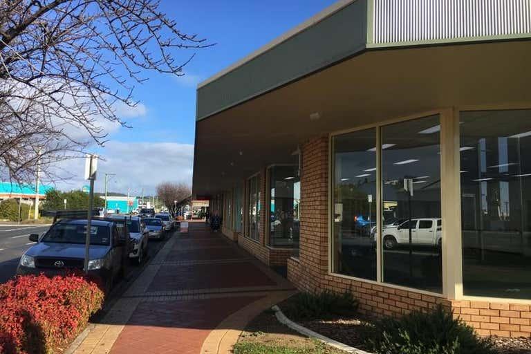 Shop 4, 21 Alexandra Road Ulverstone TAS 7315 - Image 2