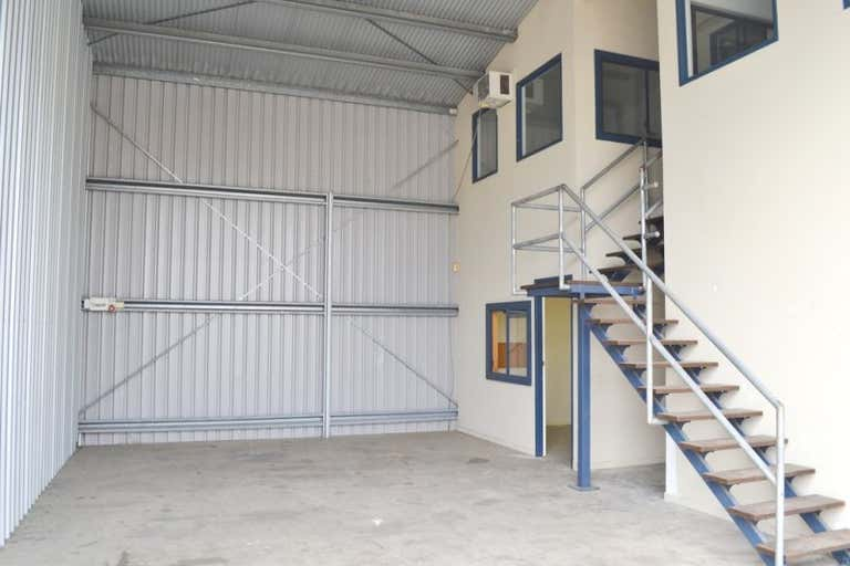 4/56-58 John Lund Drive Hope Island QLD 4212 - Image 2
