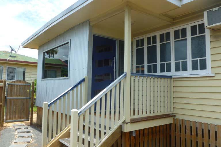 60 Anderson Street Manunda QLD 4870 - Image 1