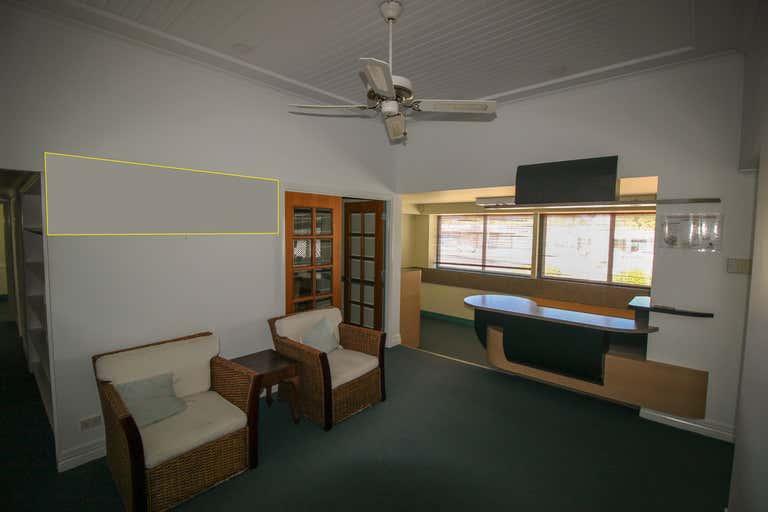 3&4/192 Mulgrave Road Westcourt QLD 4870 - Image 3