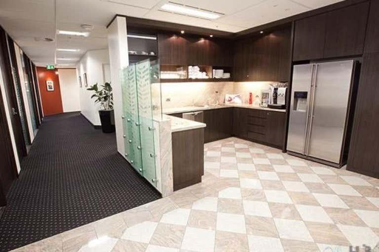 2/100 Barangaroo Avenue Sydney NSW 2000 - Image 4