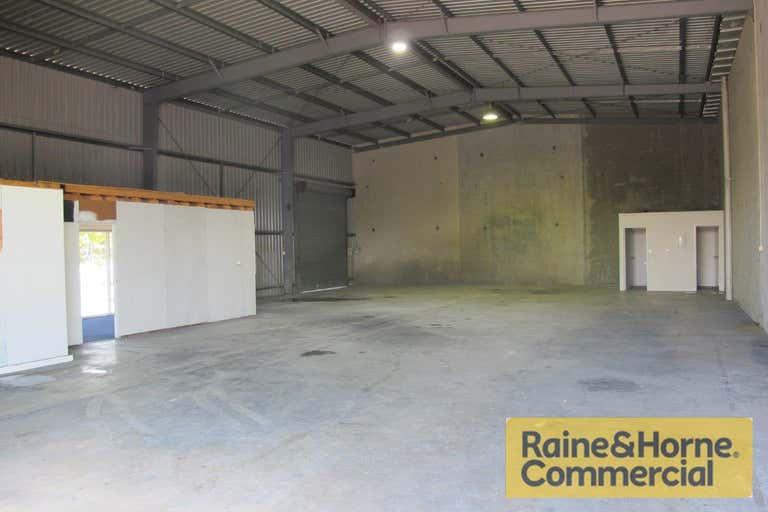 618 Lores Bonney Drive Archerfield QLD 4108 - Image 2