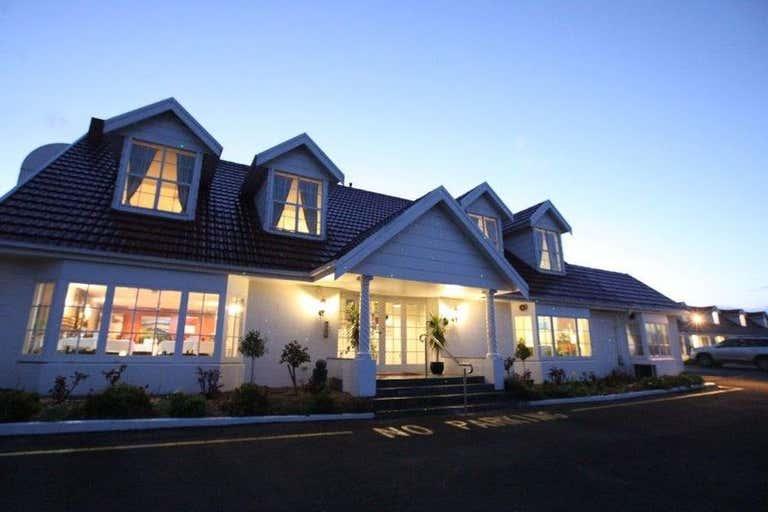 Clare Valley Motel, 74a Main North Road Clare SA 5453 - Image 2